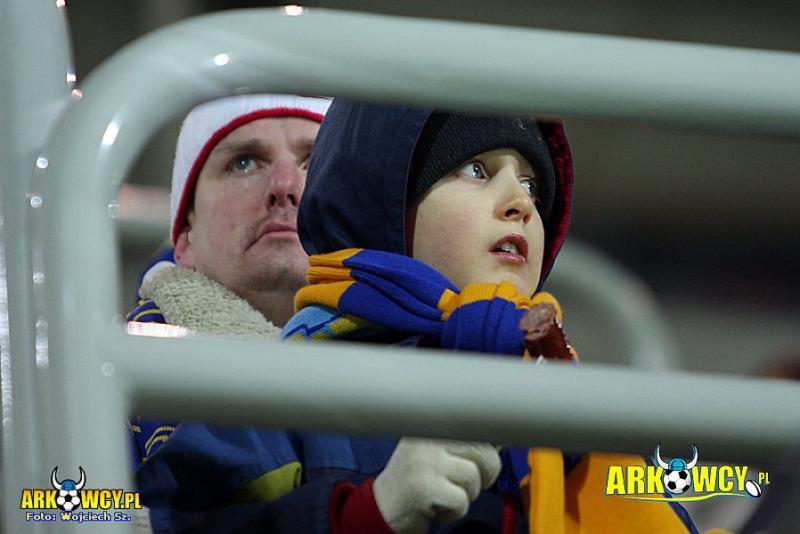 Maciek z tatą na meczu z Beroe